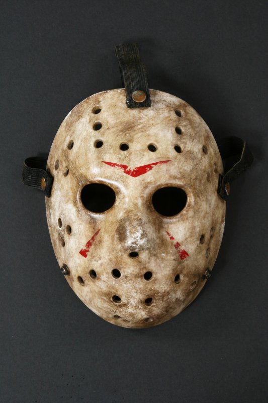 profiles-in-history-friday-the-13th-original-hockey-mask-movie-prop-mask.jpg